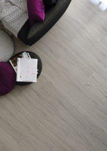 Dryback vinyl floor